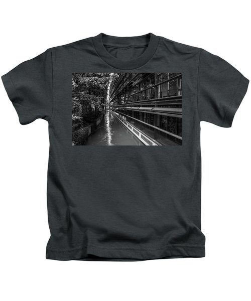 Little River, Big Building Kids T-Shirt