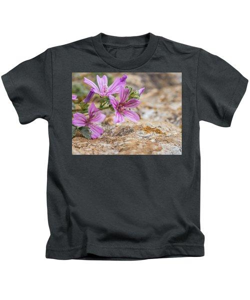 Malva Sylvestris - Spontaneous Flower Of The Tuscan Mountains Kids T-Shirt