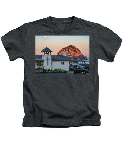 Moonset Above Morro Rock Kids T-Shirt