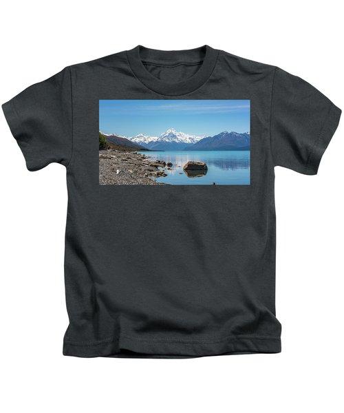 Mount Cook From Lake Pukaki Kids T-Shirt
