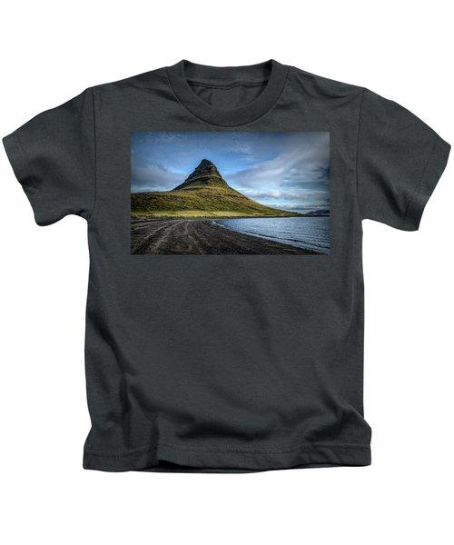 Mt Kirkjufell Kids T-Shirt