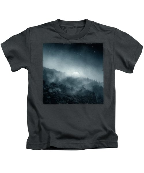 Night Shadows - Misty Forest At Night Kids T-Shirt