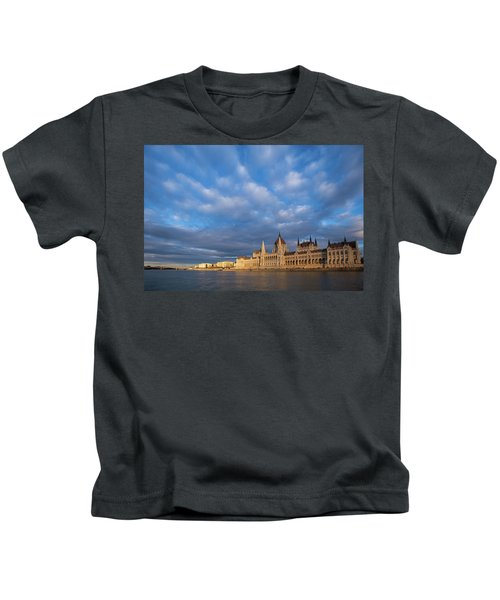 Parliament On The Danube Kids T-Shirt