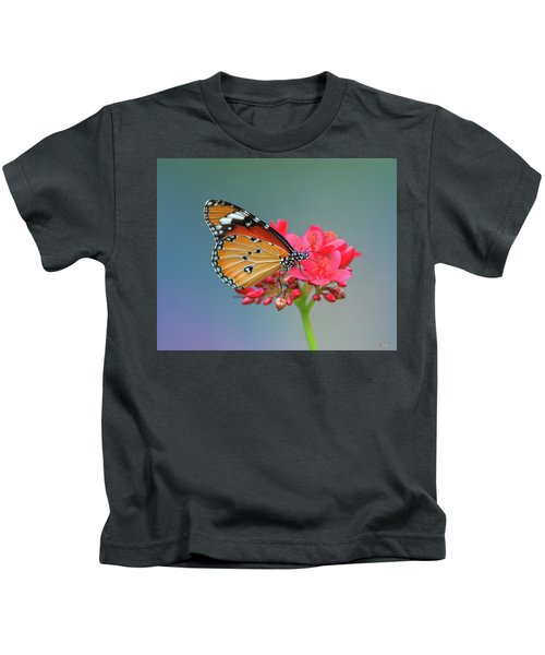 Plain Tiger Or African Monarch Butterfly Dthn0246 Kids T-Shirt