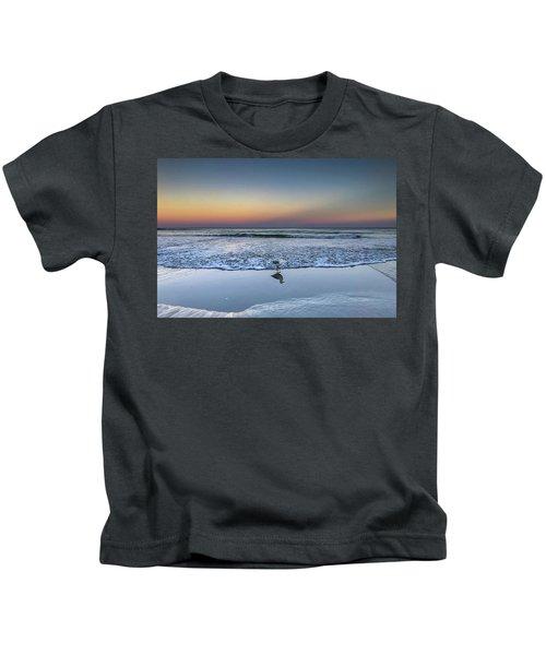 Seagull On The Beach Kids T-Shirt