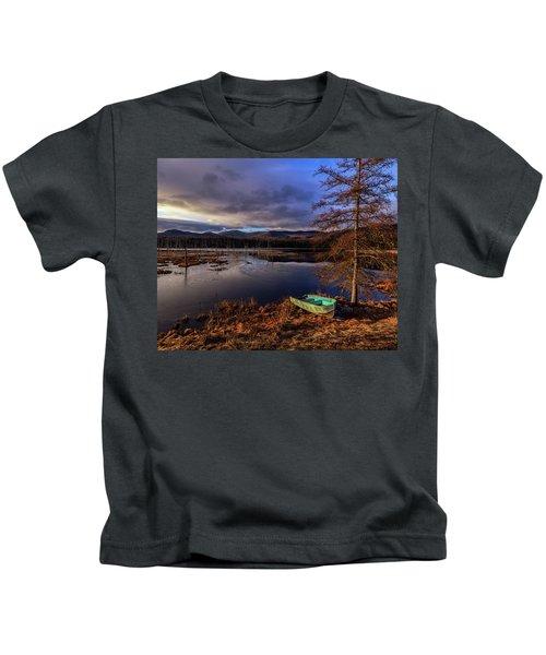 Shaw Pond Sunrise - Landscape Kids T-Shirt