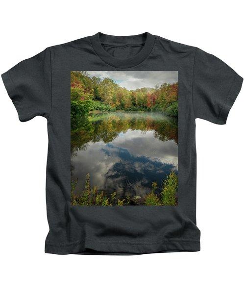 Sims Pond Blowing Rock North Carolina Kids T-Shirt