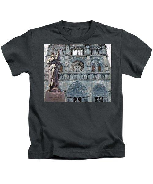 St Joan Of Arc Watch Over Notre Dame Kids T-Shirt