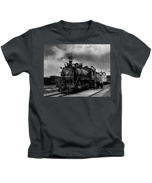 Steam Locomotive In Black And White 1 Kids T-Shirt