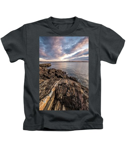 Striations. Leading Lines In The Rocks Kids T-Shirt