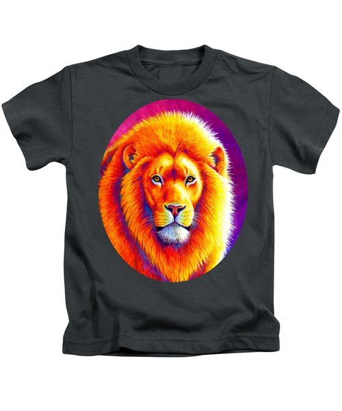 Sunset On The Savanna - African Lion Kids T-Shirt