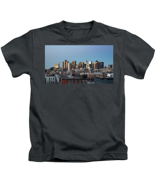 The Skyline Of Boston In Massachusetts, Usa On A Clear Winter Ev Kids T-Shirt
