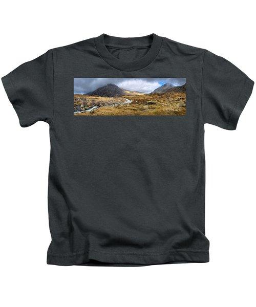 Tryfan And Pen Yr Ole Wen Mountain Snowdonia Kids T-Shirt