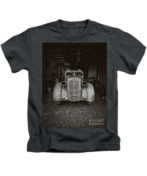 Vintage Service Station Jerome Arizona Kids T-Shirt