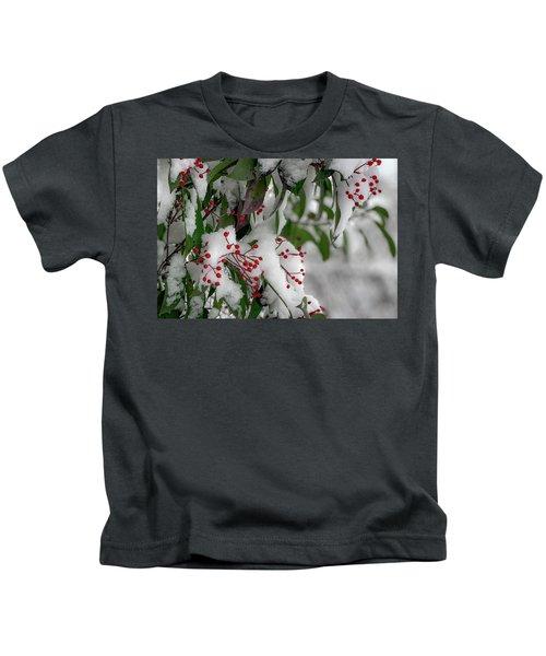 Winter Berries Kids T-Shirt