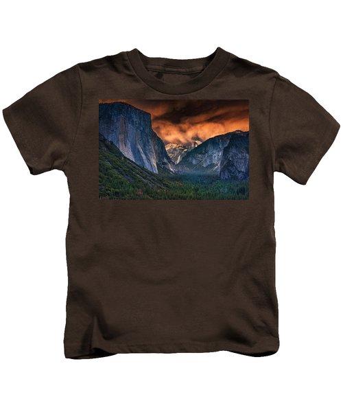 Sunset Skies Over Yosemite Valley Kids T-Shirt by Rick Berk