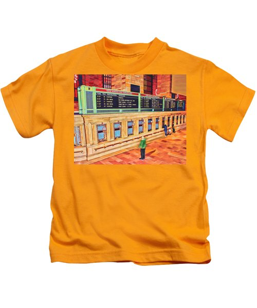 Sunday Am At Grand Central Kids T-Shirt