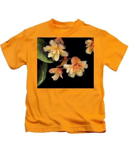 Begonias 2 Kids T-Shirt