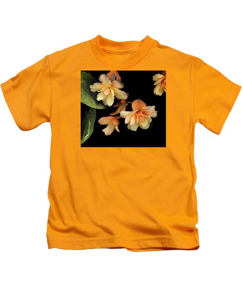 Begonias 2 Kids T-Shirt
