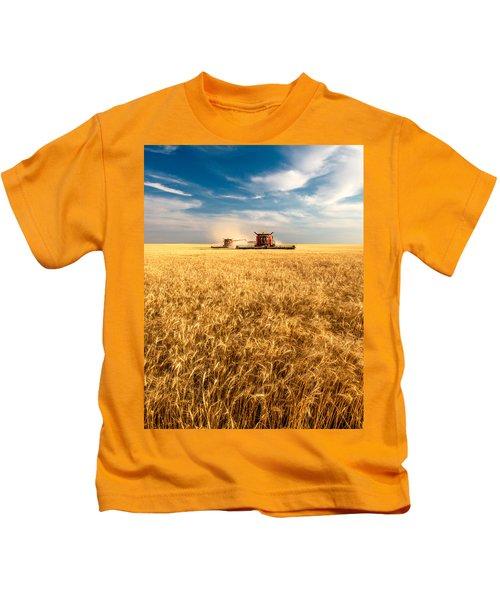 Combines Cutting Wheat Kids T-Shirt
