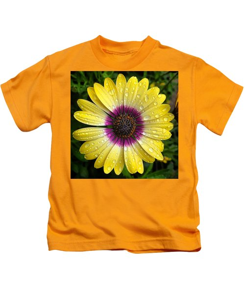 Dew Dropped Daisy Kids T-Shirt