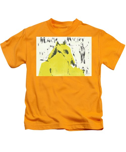 Dog At The Beach - Black Ivory 2 Kids T-Shirt