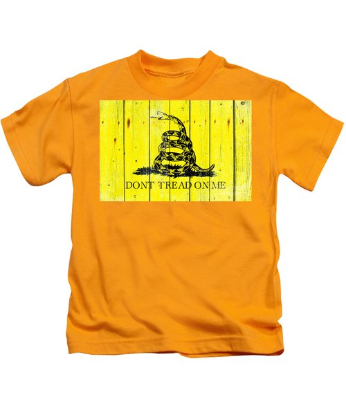 Gadsden Flag On Old Wood Planks Kids T-Shirt