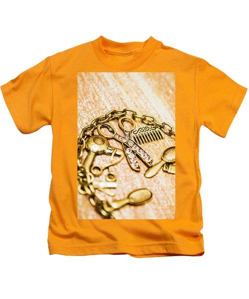 Gold Class Hair Styling Background Kids T-Shirt