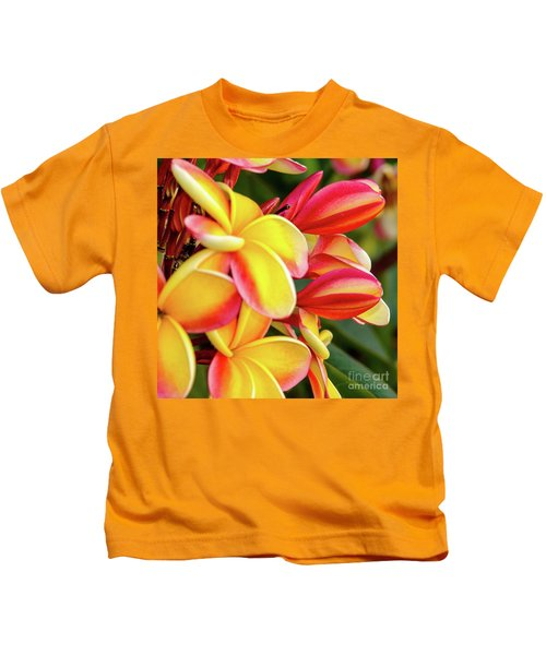 Hawaii Plumeria Flowers In Bloom Kids T-Shirt