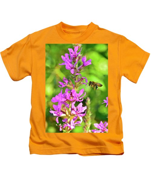 Honey Bee In Flight Kids T-Shirt