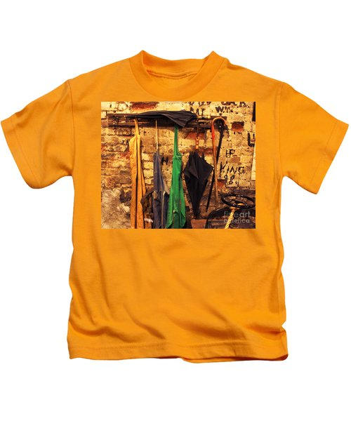 Mark Twain's Coat Rack Kids T-Shirt