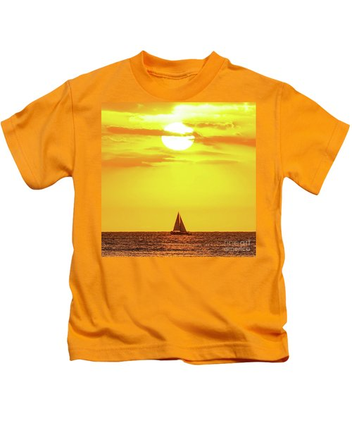 Sailing In Hawaiian Sunshine Kids T-Shirt