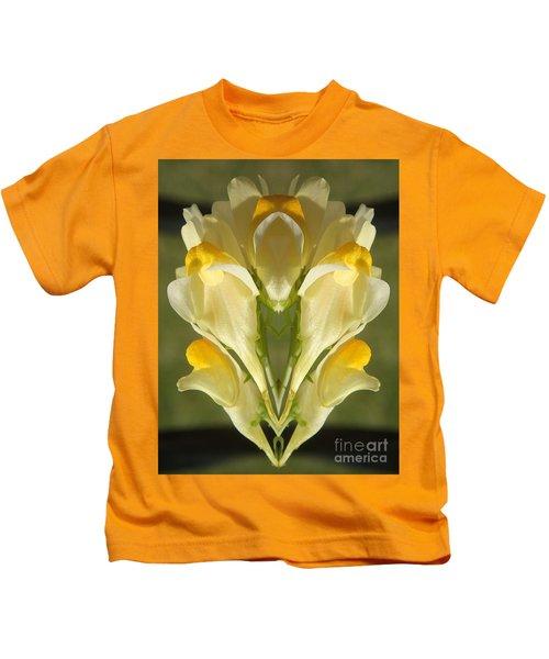 Snappy Bouquet Kids T-Shirt
