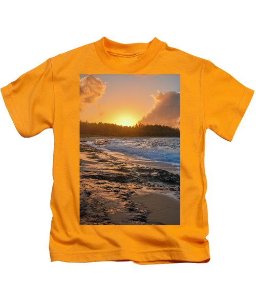 Turtle Bay Sunset 3 Kids T-Shirt