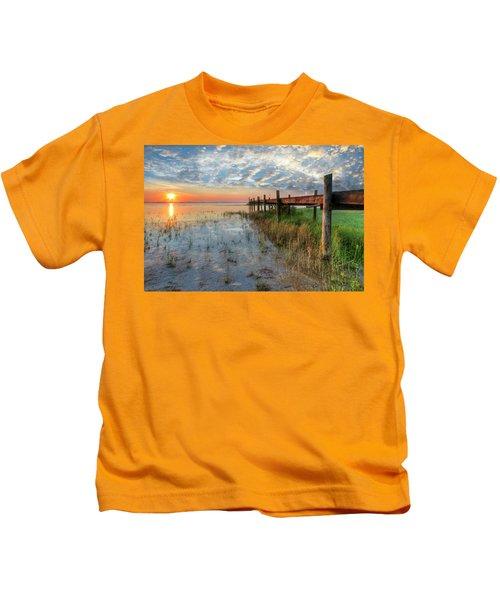 Watching The Sun Rise Kids T-Shirt