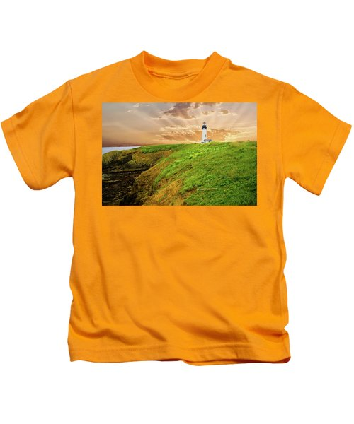 Lighthouse On  Yaquina Head  Kids T-Shirt