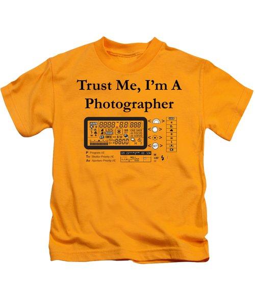 Trust Me I'm A Photographer Kids T-Shirt