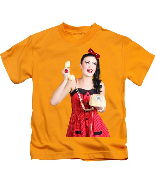 Funny Pin-up Woman Talking On Retro Phone Kids T-Shirt