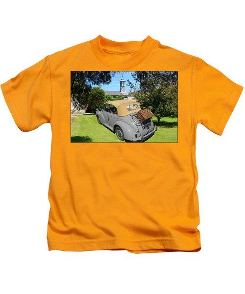 Morris Minor Grey Convertible Kids T-Shirt