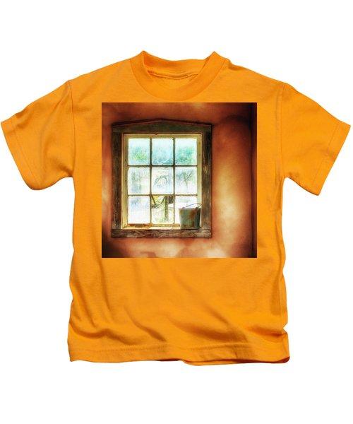 Of Unpretentious Tastes Kids T-Shirt