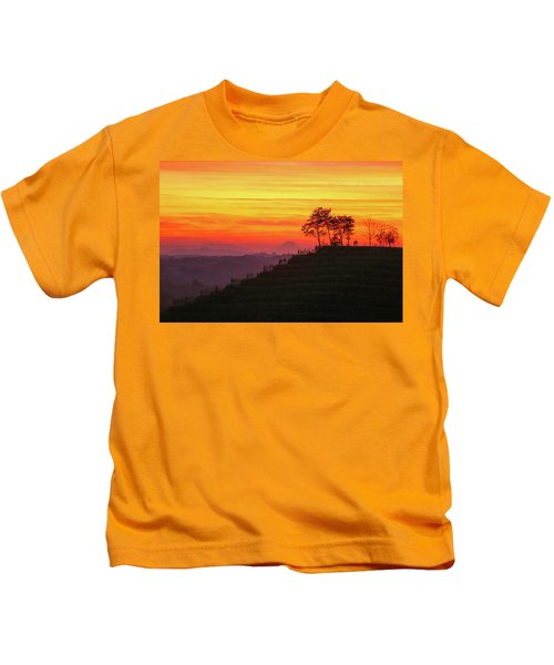 On The Viewpoint Kids T-Shirt