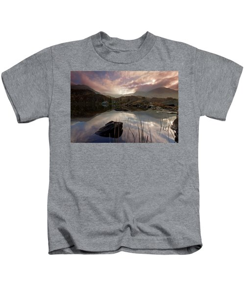 Llyn Ogwen Sunset Kids T-Shirt