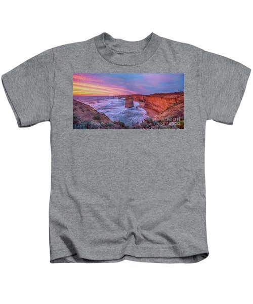 12 Apostles At Sunset Pano Kids T-Shirt