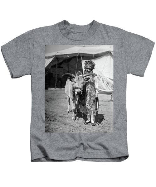 1930 1930s Circus Performer Smiling Kids T-Shirt