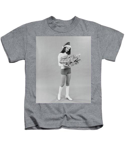 1960s 1970s Young Woman Wearing Santa Kids T-Shirt