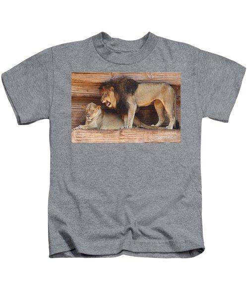 The Feline Honeymooners Kids T-Shirt
