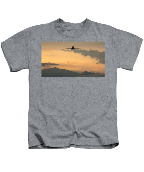 American Airlines Approach Kids T-Shirt