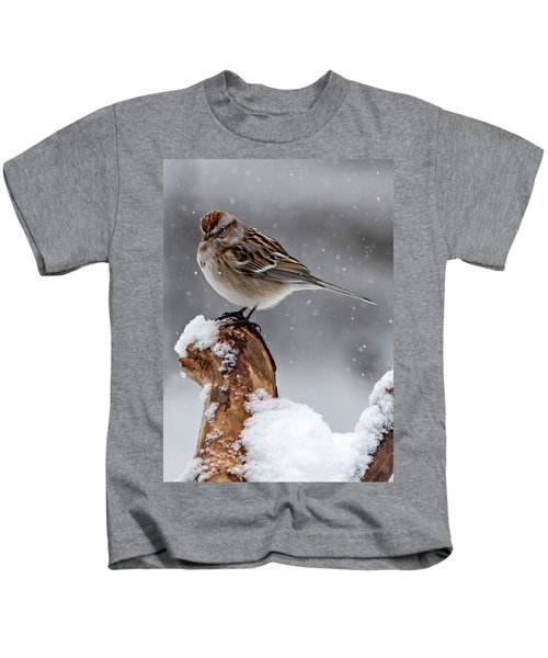 American Tree Sparrow In Snow Kids T-Shirt