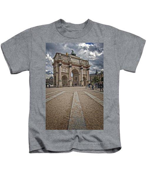 Arc De Triomphe Louvre  Kids T-Shirt