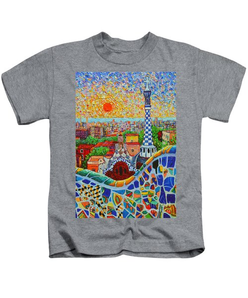 Barcelona Sunrise - Guell Park - Gaudi Tower Kids T-Shirt
